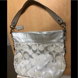 Coach BIG Hobo bag Silver/white